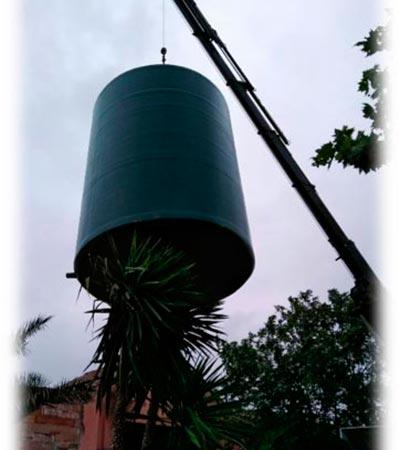 Depósitos de poliester reforzados con fifras de vidrio para garantizar la expansión de los cultivos de aguacate