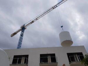 Depósito para almacenamiento de agua potable en edificio de viviendas en Málaga